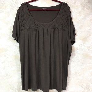 NWT LANE BRYANT BROWN SHORT SLEEVE  TOP SIZE 26/28